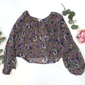 Floral top with big sleeves